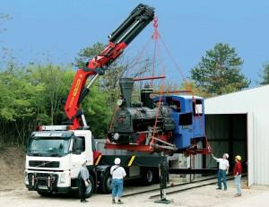 camiones-gruas-pluma-articulada-17586-4033610